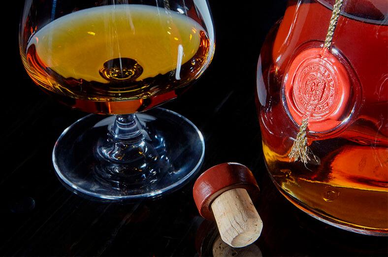 葡萄酒与软木塞01-葡萄牙软木协会图片库